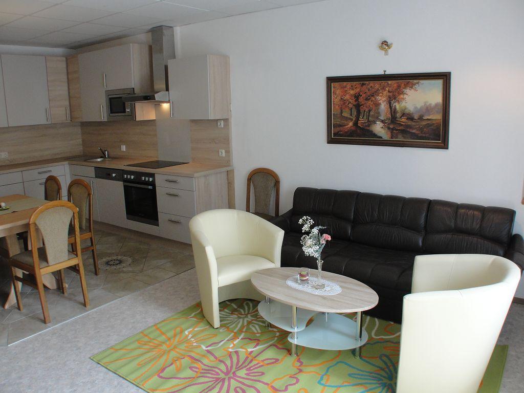k-apartment-411-2013-07-04-5