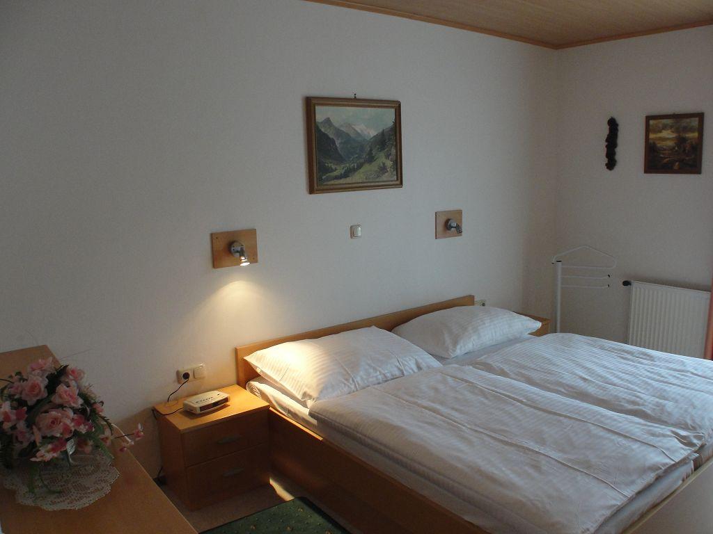 k-apartment-412-2013-07-04-003-1