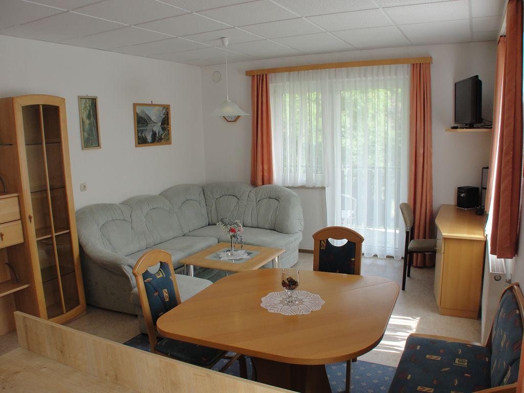 k-apartment-412-2013-07-04-003-6