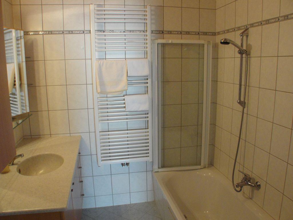 k-apartment-412-2013-07-04-003-9