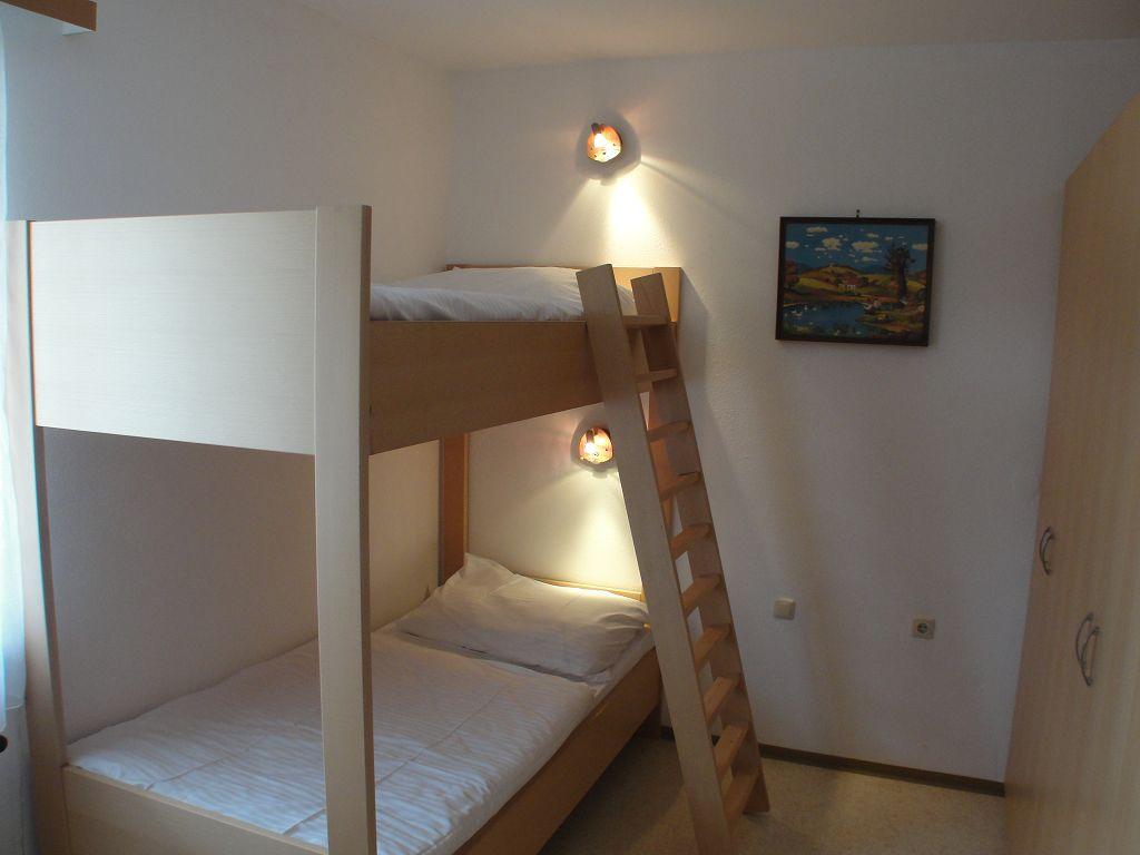 k-apartment-421-2013-07-04-18
