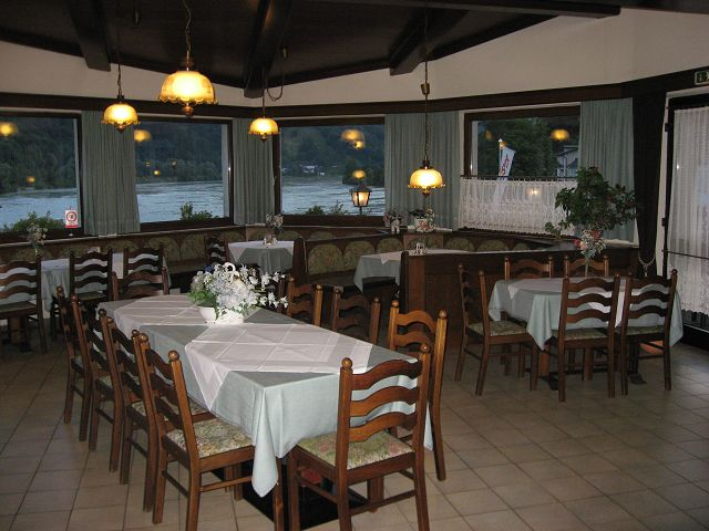 k-restaurant-080730-063